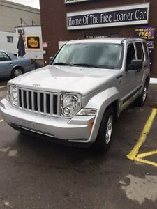 2012 JEEP LIBERTY SPORT TRAIL RATED ONLY 84K HARD TO FIND London Ontario image 2