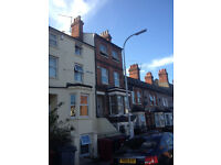 Under Offer!!! Furnished 1 bed flat in George Street (RG1) available NOW with parking