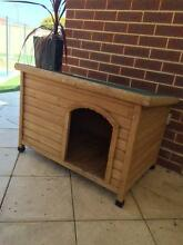 Wooden dog kennel medium size North Beach Stirling Area Preview