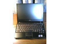 Dell Latitude E4200 (SSD drive) - 1.2kg - really fast