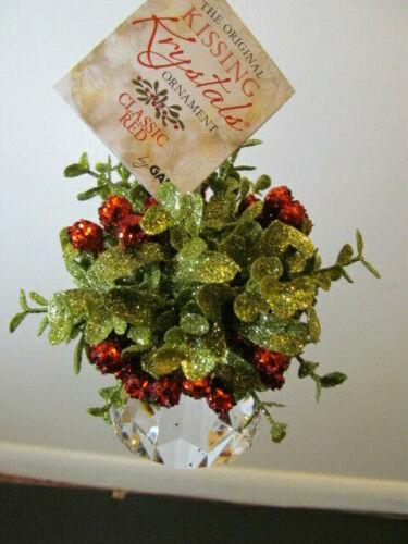 Ganz Original Kissing Krystals Ornament in Classic Red