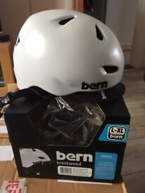 Bern Brentwood Satin White Zipmold-Flip Visor Helmet L-XL