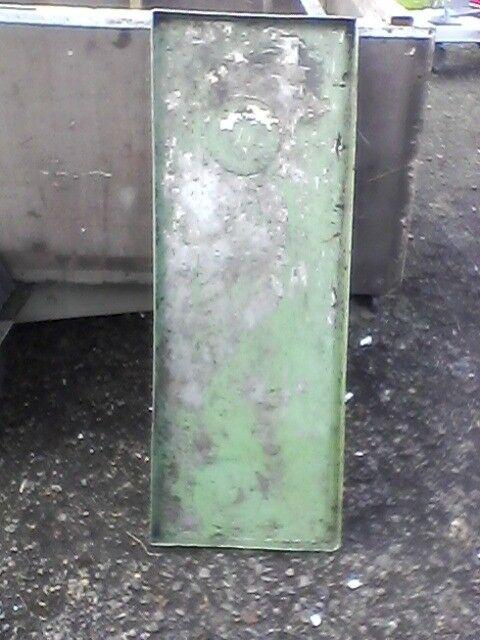 2 heavy duty steel trays