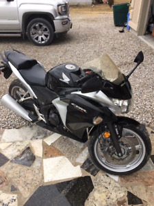 2012 Honda CBR 250 R/A Black and silver excellent condition