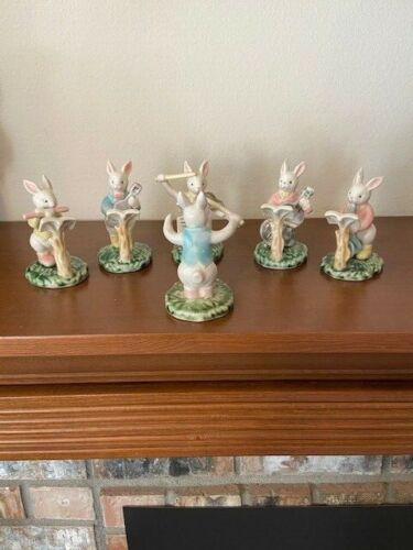 VTG Porcelain Bunnies in Concert 6 PC Conductor & 5 Playing Instruments MINT