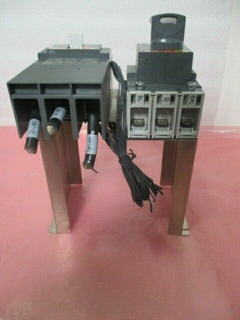 2 ABB SACE E93565 Cicuit Breaker 3 Pole Unit, Tmax T3N, 451369