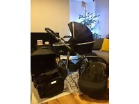Black Venicci Pram - 3 in 1 Travel System