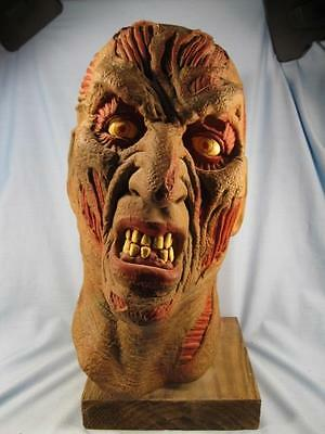 Freddy Krueger Halloween Mask A Nightmare On Elm Street With Homemade Stand (O)](Homemade Masquerade Mask)