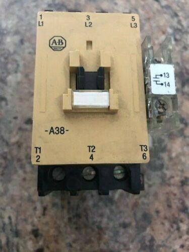 Allen-Bradley 100-A30NZ 24 3 Ser. C Contactor A-B