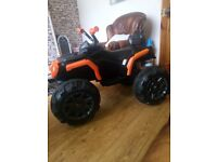 Kids electric quad, 4mph top speed, 1 month old, bearly used