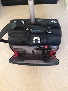 "Swiss Wengar 17"" Rolling Lap top bag Belleville Belleville Area image 2"