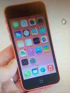 Iphone 5 C with Bell Mint shape