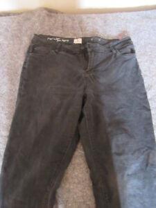 Assorted women's pants