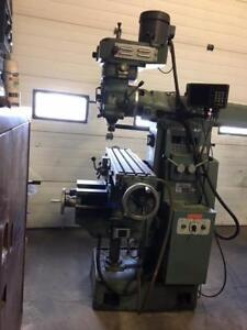 CHIN CHUNG 10x52 Horizontal/Vertical Milling Machine MFG-TAIWAN #40 Taper, DRO, Power Feeds