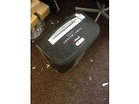 Rexel rsx1630 cross cut shredder in great working order only £150
