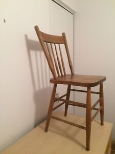 Lovely Old Wooden dining chairs Kingston Kingston Area image 2