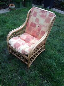 Wooden (garden) armchair