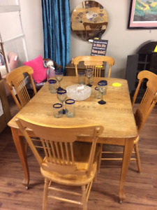 Antique Dining table w/ wheels-4Chairs