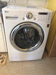 LG Front Loading Combination Washer-Dryer in Gladstone, MB