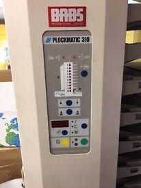 PLOCKMATIC 310 - 10 STATION COLLATOR