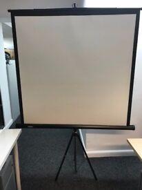 Projector screen - VonHaus Tripod Projector Screen 67-Inch