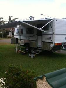 Bushtracker caravan 19ft as new Annandale Townsville City Preview