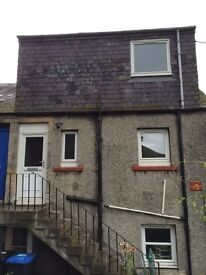 2 bedroom flat to rent Walkerburn very nice area near shop, bus stops school, over 35 only apply.