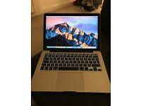 Macbook Pro 13 Retina display, 256gb SSD, 8Gb RAM