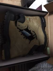 BRAND NEW WORK BOOTS FOR SALE