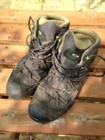 Salomon Walking Boots Size 10