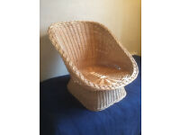 Large wicker vintage easy basket chair
