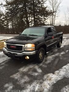 2004 GMC Z71 4X4 PARTING OUT Kingston Kingston Area image 2