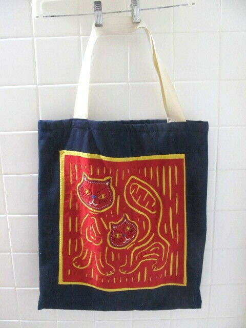 LARGE TOTE WITH CAT MOLA