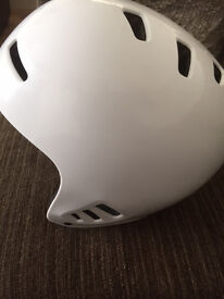 white bmx /scooter helmet in as new condition ...... only used couple times size 57-59 CM
