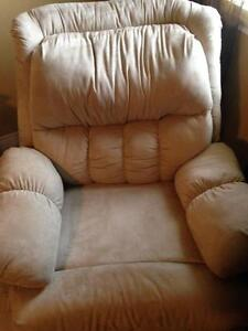 Recliner - Great Condition