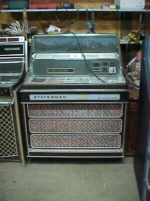 1970 Wurlitzer 3410 Statesmen Jukebox