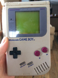 Original Nintendo Gameboy with game