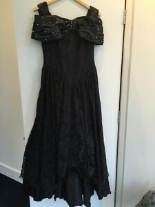Black evening gown / dress with train / robe de soiree noire West Island Greater Montréal image 1