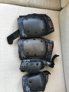 Tony Hawk Knee and Elbow Pads