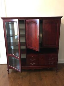 ENTERTAINMENT CABINET WITH BEVELLED GLASS DOOR