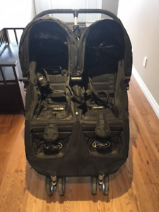 The Cadillac of Double Strollers: Like New from Smoke Free Home