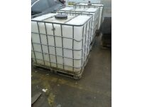 HERAS FENCING FEET £1 EACH (TOAL 18) & TWO OF WATER STORAGE TANKS £10 EACH