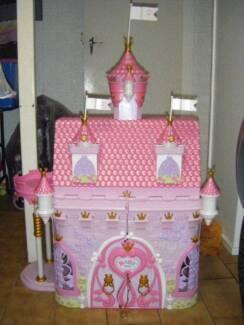 BABY BORN MAGICAL CASTLE Silkstone Ipswich City Preview