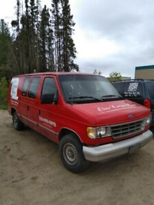 MOBILE FORD E-150 VAN C/W STEAM CLEANING EQUIPMENT