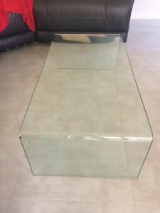 Glass coffee table Macquarie Links Campbelltown Area Preview