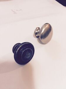 cabinet hardware - knobs or pulls