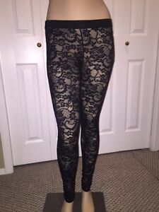 Aritzia Lace Leggings - XS - Black