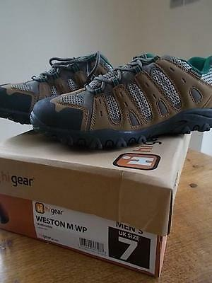 HI GEAR Mens Hiking Walking Trekking Shoes UK 7 Taupe Green Waterproof New Box