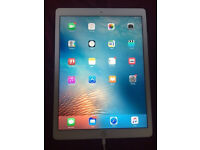 Ipad Pro 12.9 inch 32gb silver with pencil, EE network