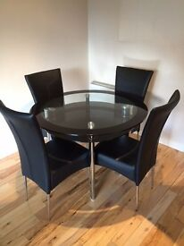 Beautiful Contemporary Dinning Table plus 4 Dinning Chairs for Sale - £170